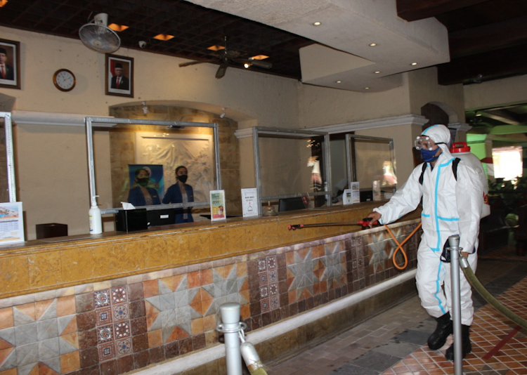 Prokes Hotel di Anyer
